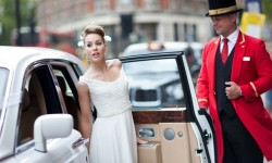 Infallible Entrance : How to Gracefully Enter & Exit a Wedding Car